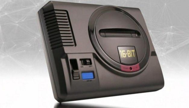 Sega Mega Drive mini oyun konsolunu ortaya çıkardı.